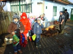 Aici suntem acasă la familia copilului Andrei Mihai-Ginel.